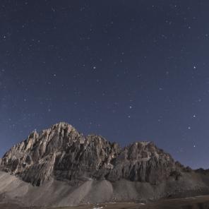Rocca la Meja. Panorama al chiaro di Luna.