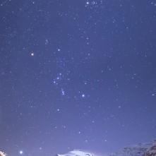 Pointe de Charbonnel sovrastata dal cielo invernale.