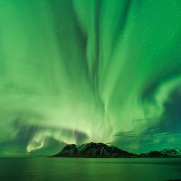 Aurora boreale sul Kolgrafafjörður.