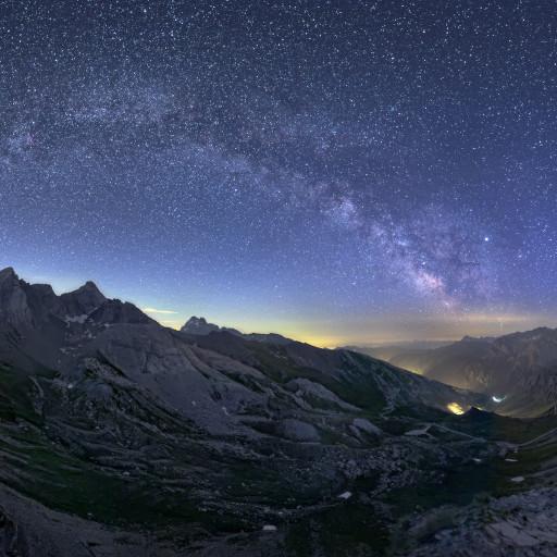 Giove e Via Lattea sul Colle dell'Agnello.