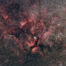 La regione di cielo attorno alla stella Sadr (gamma cygni).